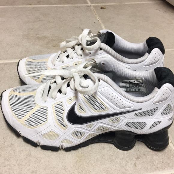 sale retailer 532db f2ab3 ... deliver shoe white purplenike huarache redglamorous 2e501 46cd9   switzerland youth sneakers white nike shox kids size 4y 8bcc2 84061